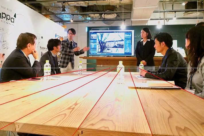 集中線を利用した放射状構図